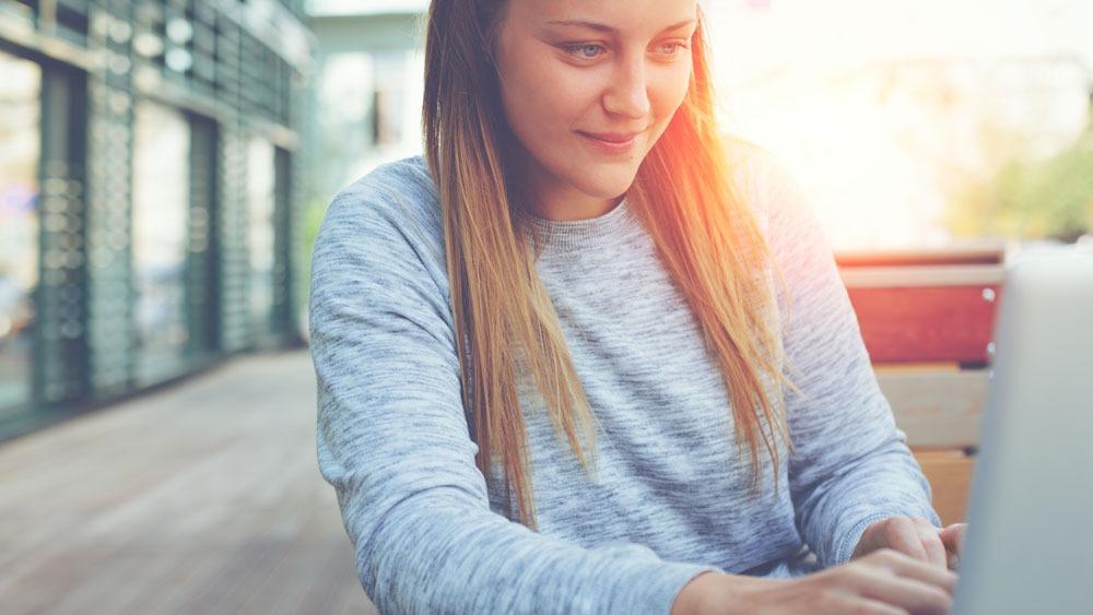E-Books sind ein idealer Anreiz für Ihre Kunden. Im Online- aber auch im Offline-Business.